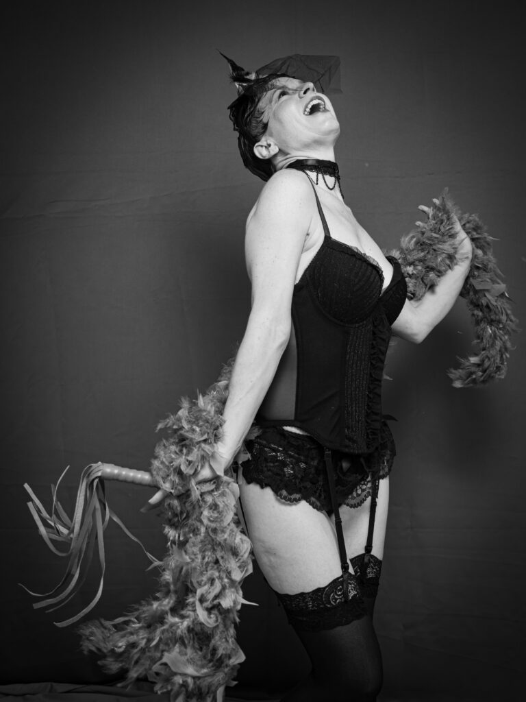 Daisy Cane and a return to Burlesque
